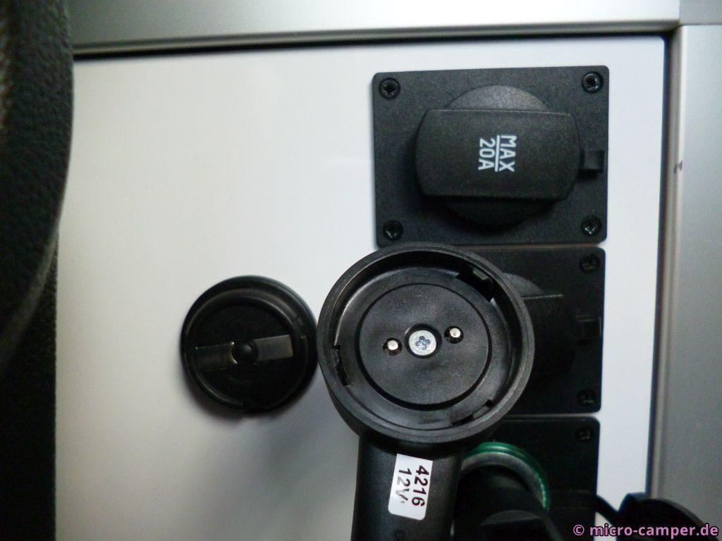 Verbindungskabel zur Zweitbatterie Detail Kontakte