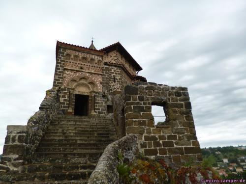 Ein ungewöhnliches Bauwerk, nicht zuletzt durch seinen Standort