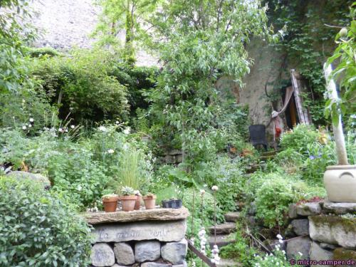 Überall hübsche Gärten