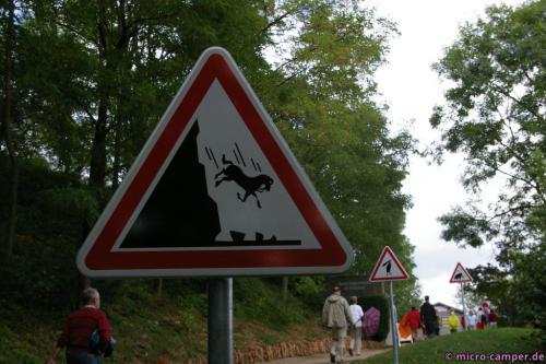 Diese Schilder stehen dort leider nicht mehr ...