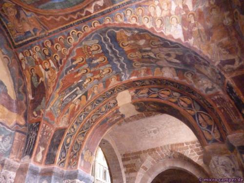 Wand- und Deckenmalerien in der Michaelskapelle