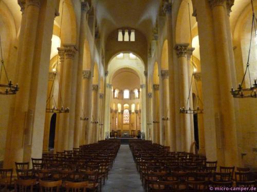 Die unerwartet wunderschöne Kirche Notre-Dame du Port