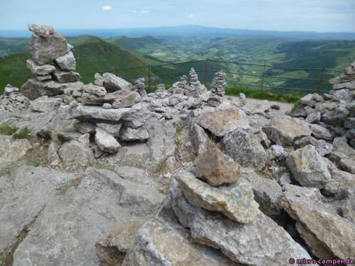 Auf dem Gipfel wie fast überall inzwischen: Steinfiguren