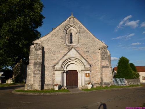 Die Dorfkirche von Prissey