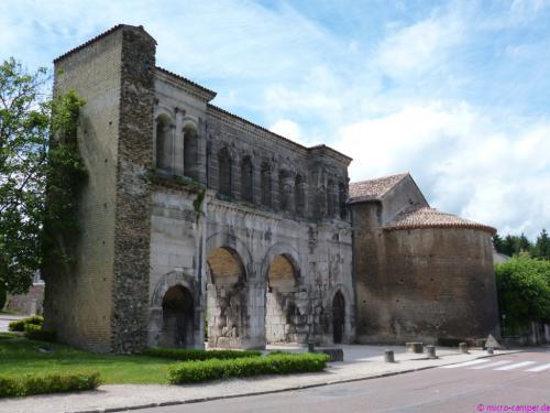 Porte St-André