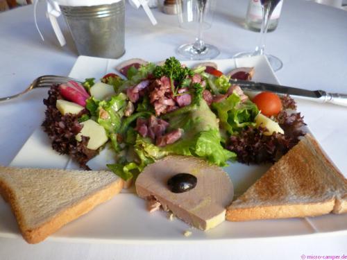 Landestypisches Essen Nr. 3: Zweiter Gang Salade Perigourdine