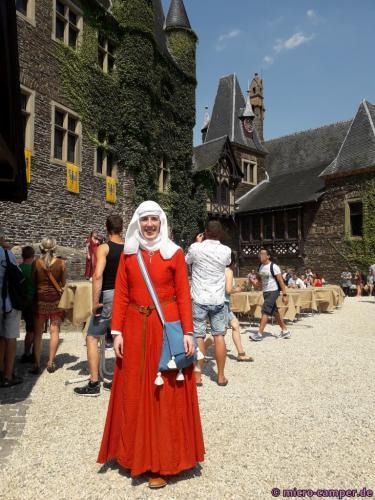 So gewandet trifft man mich auf Mittelaltermärkten und -festen