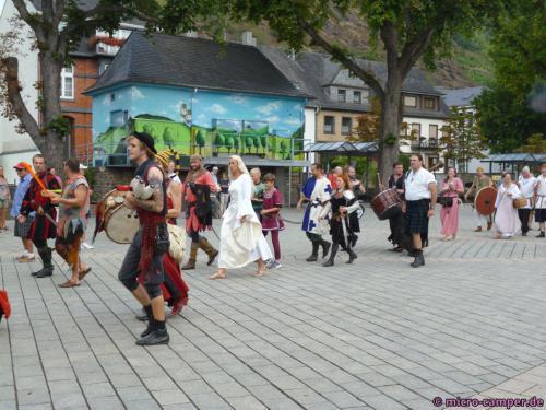 Abmarsch der Akteure des Burgfestes