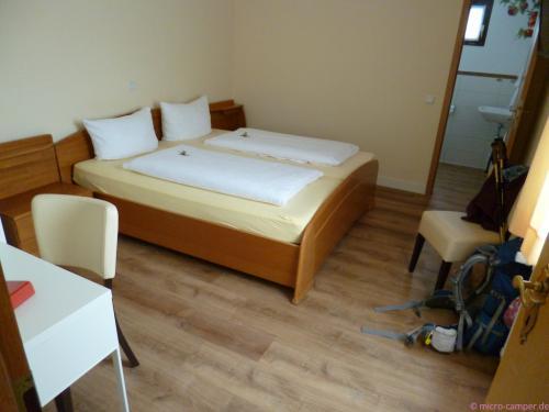 """mein Zimmer im """"Bergischen Hof"""""""