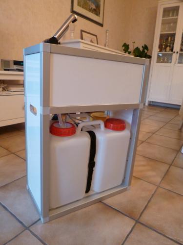 Fertiges Modul mit vollständiger Wasserinstallation