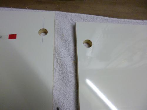 Fräsungen für die PushLocks in der Blende