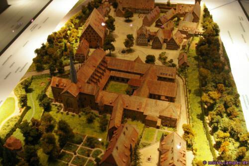 Modell des Klosters Maulbronn zu Zeiten seiner größten Blüte