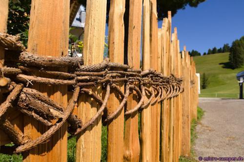Ein absolut nachhaltig gebauter Zaun